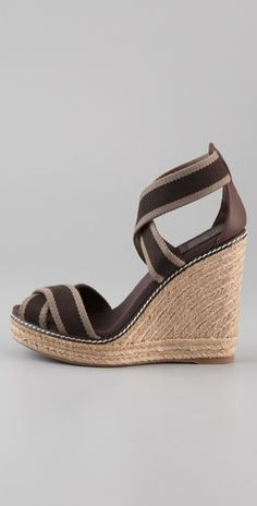 tory burch wedges. yum.