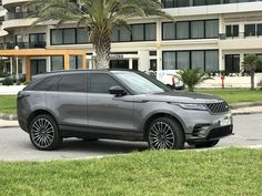 p i n t e r e s t/// blairh0gan Land Rover 2018, My Dream Car, Dream Cars, Range Rover Sport, Range Rovers, Bentley Continental Gt Speed, Suv 4x4, Black Audi, Best Suv