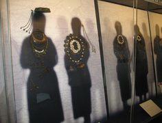 """Latgaļu un sēļu ēnas ar 12.-13. gs. rotām. Izstāde """"Ceļā uz latviešu tautu."""" Latvijas Nacionālajā vēstures muzejā https://fbcdn-sphotos-f-a.akamaihd.net/hphotos-ak-xpf1/v/t1.0-9/10177925_1097150400298107_8889663199364047542_n.jpg?oh=a74c7d0d830aec43e798ac1552e0396e&oe=56B768BA&__gda__=1455885189_78f8aa5c2872fd6a43f2c430fc2270a1"""