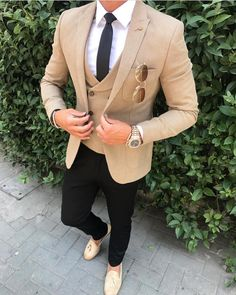 23 mens fashion classic best outfit ideas for you Blazer Outfits Men, Stylish Mens Outfits, Men's Outfits, Designer Suits For Men, Herren Outfit, Mens Fashion Suits, Men's Fashion, Mens Smart Fashion, Mens Suits Style