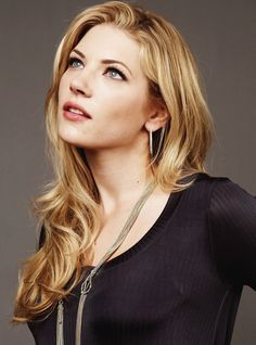 Katheryn Winnick.....beautiful and great on Vikings!
