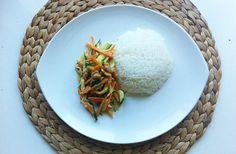 Buntes Gemüse mit Reis