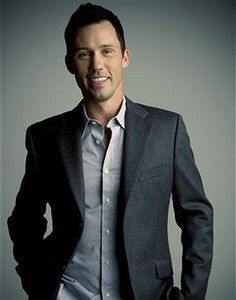 Jeffrey Donovan is hot #thatisall  #BurnNotice