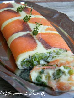 potato and salmon roll - in laura's kitchen I Love Food, Good Food, Yummy Food, Healthy Cooking, Cooking Recipes, Healthy Recipes, Fish Recipes, Seafood Recipes, Finger Food Appetizers