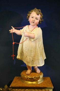 Menino Jesus em madeira policromada séc.xVIII
