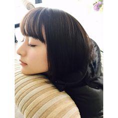 いいね!10.8千件、コメント95件 ― MIZUKI YAMAMOTOさん(@mizuki_yamamoto_official)のInstagramアカウント: 「朝が早いと眠たいねぇ… 今日も頑張りましょう(⊃ωー`).。oO ボブに見える…」