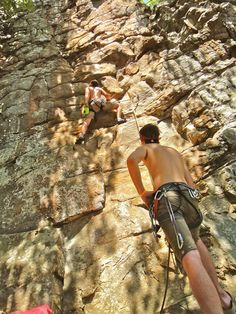 Horseshoes Canyon, some fun rock climbing in Arkansas for $5! Must do this someday!