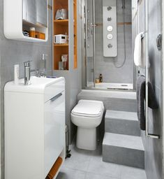 This tiny bath uses every inch of space (and there are 11 more bathrooms if you click through). Living in a shoebox | Twelve small and stylish bathrooms