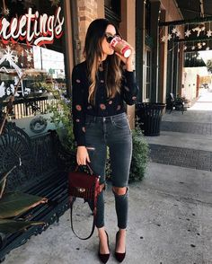 30+ Idea to Pair High Waisted Denim