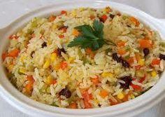 Ótima opção para o almoço, fica uma delícia esse arroz! - Aprenda a preparar essa maravilhosa receita de Arroz a Grega