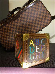 Louis Vuitton Secret Puzzle Box – Fixtures Close Up Puzzle Box, Vintage Box, Passport, Louis Vuitton Damier, The Secret, Boxes, Miniatures, Retail, Display