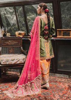 Pakistani Fancy Dresses, Pakistani Wedding Dresses, Pakistani Dress Design, Stylish Dress Designs, Stylish Dresses, Punjabi Dress, Punjabi Suits, Kurta Patterns, Indian Designer Suits