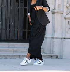 Maxi skirt and adidas super Adidas Superstar Outfit, Yellow Suit, All Black Outfit, Super Star, Wearing Black, Get Dressed, Harem Pants, Personal Style, Dress Up