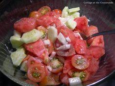 This all-fresh cucumber salad dressing is absolutely delicious! Cucumber Salad Dressing, Cucumber Tomato Salad, Salad Dressing Recipes, Salad Dressings, Cucumber Soup Recipe, Cucumber Recipes, Salad Recipes, Jar Recipes, Recipies