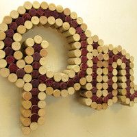 21 Social-Media Inspired Crafts You Can Own Wine Cork Letters, Wine Cork Art, Wine Cork Crafts, Diy Cork Board, Cork Boards, Cork Sheet, Wine Cork Projects, Recycled Wine Corks, Shops