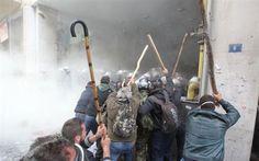 Αθήνα: Επεισόδια μεταξύ αγροτών και αστυνομικών