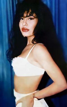 Selena Quintanilla Perez, Selena And Chris Perez, Selena Pictures, Pop Rock Music, Q Photo, Bad Barbie, Doja Cat, Wolverines, Buffy