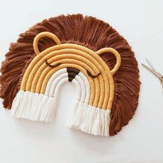 Rope Crafts, Easy Diy Crafts, Yarn Crafts, Kids Crafts, Baby Mobile, Deco Boheme, Ideias Diy, Macrame Plant Hangers, Macrame Design