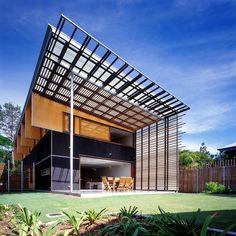 Hawthorne Modern Tropical residence in Brisbane by Richard Kirk Architect