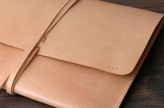 Personalized Minimal Leather Macbook Notebook Laptop door khadesign