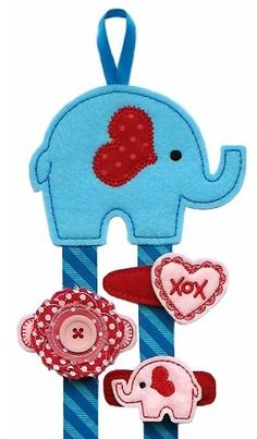 Valentine Elephant Clippie Keeper FELT STITCHIES (in the hoop)
