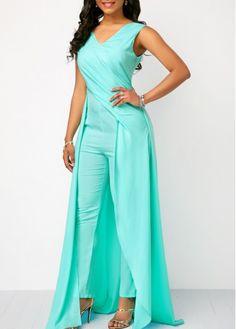 Sleeveless V Back Mint Green Jumpsuit - Trend Way Dress Fashion Pants, Fashion Dresses, Indian Wedding Gowns, Mode Chic, Blue Bridesmaid Dresses, Rompers Women, Indian Designer Wear, Green Dress, Jumpsuit