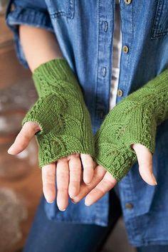 Tea Leaf Gloves - Knitting Patterns and Crochet Patterns from KnitPicks.com