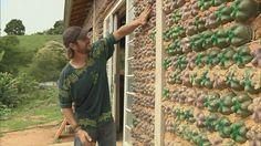G1 - Pedreiro faz casa 'ecologicamente correta' com garrafas pet em MG - notícias em Sul de Minas
