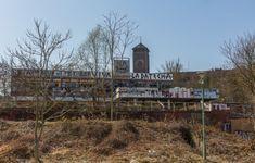 Potsdamer Minsk San Francisco Ferry, Cabin, House Styles, Building, Travel, Berlin Wall, Potsdam, History, Viajes