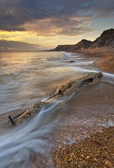 Barton On Sea Cliff Edge, Fossil Hunting, New Forest, Sea And Ocean, Picnics, Days Out, Hampshire, Seaside, Beaches