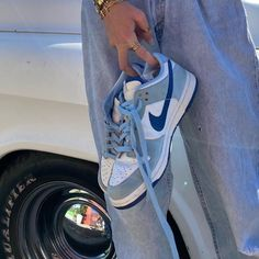 Sneakers Fashion, Sneakers Nike, Aesthetic Shoes, Fresh Shoes, Simple Shoes, Hype Shoes, Trendy Shoes, Mode Inspiration, Shoe Game