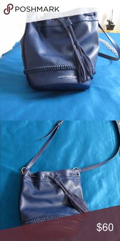 Lucky Brand Purse Gently used. Lucky Brand Bags Crossbody Bags