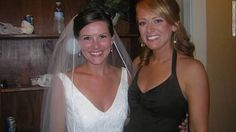 Best man and maid of honor wedding toasts are full of potential pitfalls. Bridesmaid Duties, Wedding Bridesmaids, Bridesmaid Dresses, On Your Wedding Day, Dream Wedding, Funny News Stories, Wedding Toasts, Maid Of Honor, Marriage