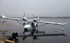 Gidroplan Che-28 twin light sport aircraft