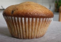 A legegyszerűbb muffin- nagy bögrével :) Muffin Recipes, Cupcake Recipes, Simple Muffin Recipe, Fall Recipes, Muffins, Favorite Recipes, Sweets, Cookies, Chocolate