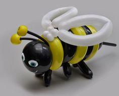 Balloon bumblebee twist.