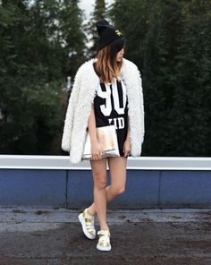 Get this look (coat, shirt, sandals) http://kalei.do/X2qT0WAREqxwmnqn