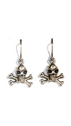 Skull Earrings- want!