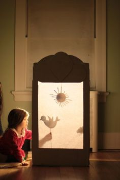 Easy Kids Activities Using a Cardboard Box to Keep Them Busy for Hours: Cardboar. - crafts - Easy Kids Activities Using a Cardboard Box to Keep Them Busy for Hours: Cardboard Shadow Puppet The - Fun Crafts For Kids, Projects For Kids, Diy For Kids, Infant Activities, Preschool Activities, Shadow Theatre, Puppet Theatre, Kids Theatre, Puppet Show