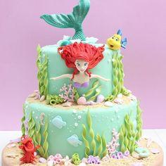 Cupcakes Disney Fondant Little Mermaids 35 Super Ideas Little Mermaid Birthday Cake, Little Mermaid Cakes, The Little Mermaid, Sirenita Cake, Bolo Fack, Ariel Cake, Sea Cakes, Girl Cakes, Love Cake