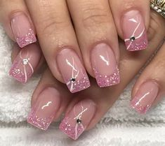 Pretty French Nail Designs Are The Current Trend 52 – Nail Ideas French Acrylic Nails, French Nail Art, French Tip Nails, Pretty Nail Art, Beautiful Nail Art, Cool Nail Art, Nail Tip Designs, French Nail Designs, Nails Design