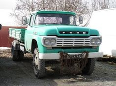 A Brief History Of Ford Trucks – Best Worst Car Insurance Old Ford Trucks, Old Pickup Trucks, Farm Trucks, Ford Tractors, Dump Trucks, Ford 4x4, Small Trucks, Cool Trucks, Big Trucks