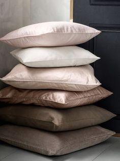 *pillow pile