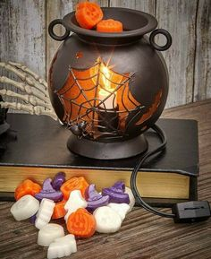 Pub coffee shop Party Orange Cry Pumpkin Charming Gift Pumpkin Candle,Halloween Candle,Creative Candle,Scented Candle,Smokeless Candle for Halloween