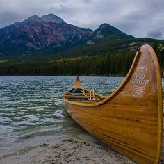Grab a paddle - there's just a few short weeks left to go canoeing!  Photo by @wildcurrentoutfitters #MyJasper