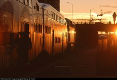 RailPictures.Net Photo: VRE V40 Virginia Rail Express (VRE) EMD F59PHI at Alexandria, Virginia by George W. Hamlin