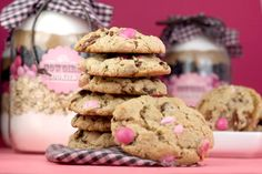 Cowgirl Cookies by Bakerella, via Flickr ~ Cookie Recipe for the Mason Jars :-)  This recipe will fit in our sized jar perfectly.  The other recipe is for a much smaller jar.