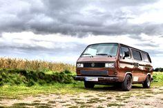 VW camper love Bus Camper, Vw Bus, Volkswagen, Vw T3 Tuning, Vw Vanagon, Dad Baby, Camper Ideas, Gypsy Soul, Campervan