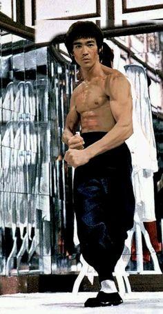 65 Ideas Fitness Motivacin Quotes For Men Bruce Lee Bruce Lee Body, Bruce Lee Art, Bruce Lee Martial Arts, Bruce Lee Quotes, Martial Arts Movies, Martial Artists, Bengalischer Tiger, Bruce Lee Collection, Bruce Lee Kung Fu