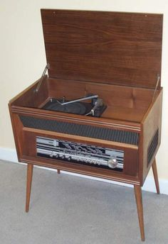 """decayingdolly: """" I love radiograms. Radio Record Player, Record Players, Vintage Stereo Console, Diy Lazy Susan, Old Stove, Vintage Diy, Turntable, School Tv, Billy Fury"""